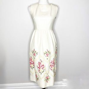 Vintage Embroidered Sleeveless Button Down Dress